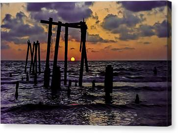 Canvas Print featuring the photograph Irb Sunset by Randy Sylvia