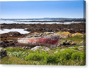 Canvas Print featuring the photograph Irish Coast Impression by Juergen Klust