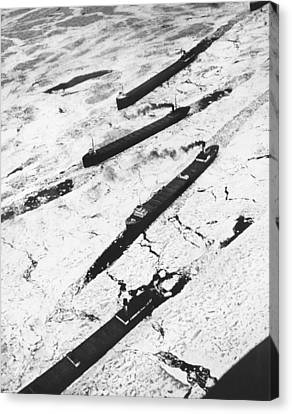 Iron Ore Boats Stuck In Ice Canvas Print by Underwood Archives
