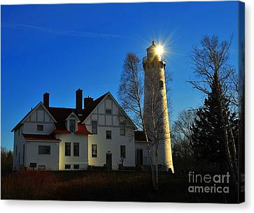 Iroquois Point Lighthouse In Michigan Upper Peninsula On Lake Superior Canvas Print by Terri Gostola