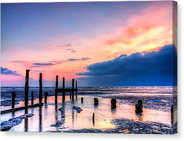 Isle Of Sheppey Canvas Print by Stuart Gennery