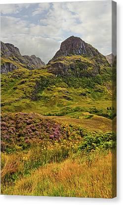 Isle Of Skye Canvas Print by Marcia Colelli