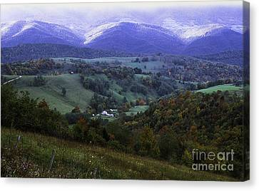 Isolated Farmhouse Mountain Valley Canvas Print
