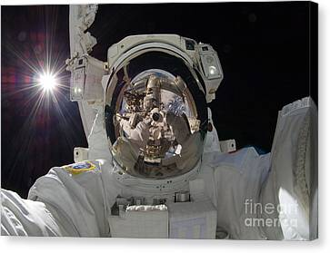 Iss Expedition 32 Spacewalk Canvas Print by Nasa Jsc