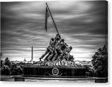 Iwo Jima Monument Black And White Canvas Print by David Morefield