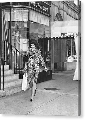 Jacqueline Kennedy In Leopard Print Canvas Print by Retro Images Archive