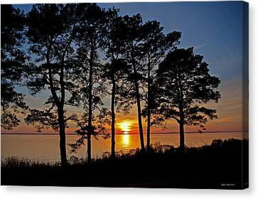 James River Sunset Canvas Print