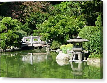 Canvas Print featuring the photograph Japanese Friendship Garden by Cindy McDaniel