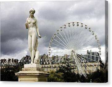 Jardin Des Tuileries Canvas Print by Fabrizio Troiani