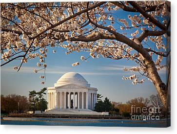 D.c. Canvas Print - Jefferson Memorial by Inge Johnsson