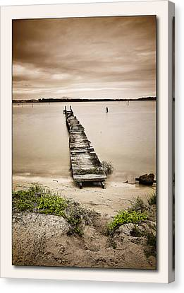 Jetty 01 Canvas Print by Kevin Chippindall
