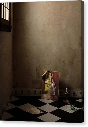 Canvas Print featuring the photograph Johannes Vermeer Left by Levin Rodriguez