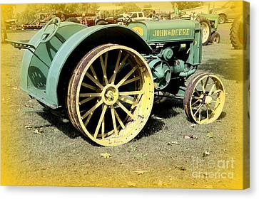 John Deere Model D Vintage Canvas Print by JW Hanley