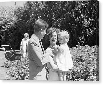 John F. Kennedy Jacqueline And Caroline Canvas Print by The Harrington Collection