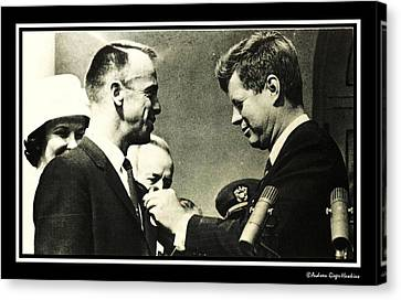 John F Kennedy With Astronaut Alan B Shepard Jr Canvas Print