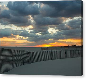 Canvas Print featuring the photograph Jones Beach Sunset Three by Jose Oquendo