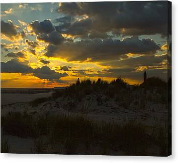 Canvas Print featuring the photograph Jones Beach Sunset Two by Jose Oquendo