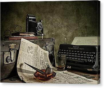 Typewriter Canvas Print - Jonnie Walker War Correspondent by Nick Walton
