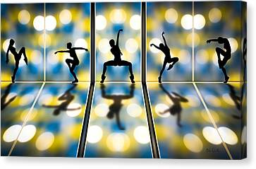 Joy Of Movement Canvas Print by Bob Orsillo