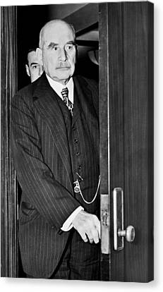 J.p. Morgan At S.e.c. Canvas Print by Underwood Archives