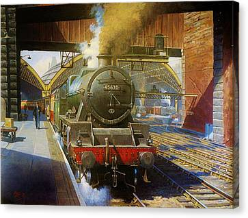 Jubilee 4.6.0 At Liverpool Lime Street. Canvas Print by Mike  Jeffries