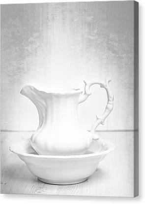 Jug And Bowl Canvas Print by Amanda Elwell