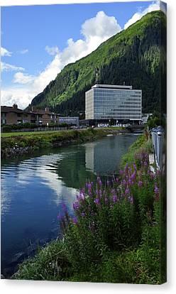 Juneau Federal Building Canvas Print by Cathy Mahnke