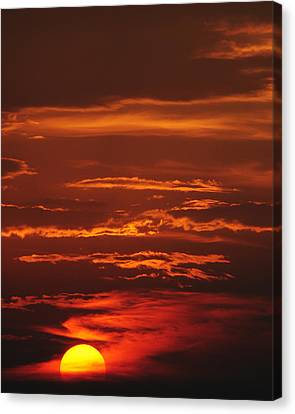 Just Another Ho Hum Sunset Canvas Print by Frozen in Time Fine Art Photography