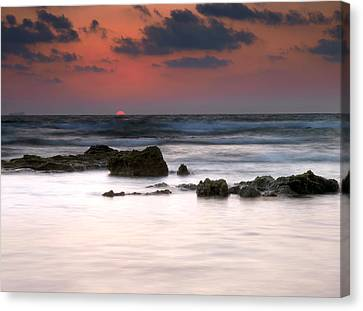 Canvas Print featuring the photograph Just Before by Meir Ezrachi