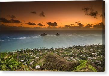 Kailua Bay Sunrise Canvas Print by Tin Lung Chao