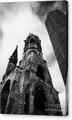 Kaiser Wilhelm Gedachtniskirche Memorial Church Next To The New Church Berlin Germany Canvas Print by Joe Fox