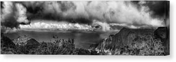 Kalalau Outlook Black And White Canvas Print