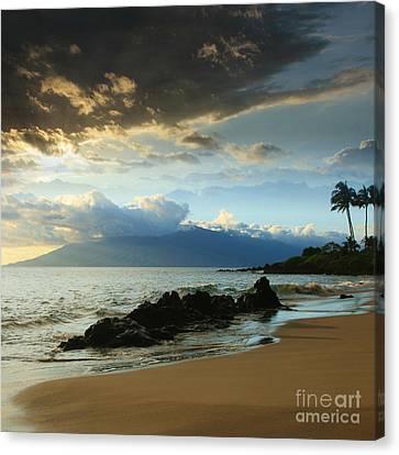 Kanoelani Heavenly Mist Canvas Print