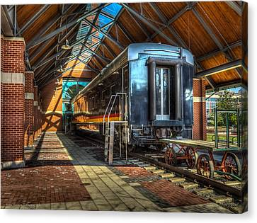 Canvas Print featuring the photograph Kansas City Southern by Ross Henton