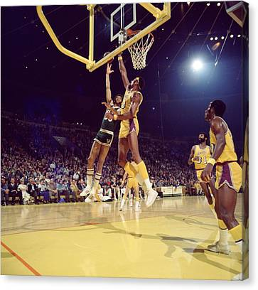 Kareem Abdul Jabbar Hook Canvas Print by Retro Images Archive