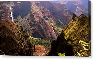 Canvas Print featuring the photograph Kauai Colors by Katie Wing Vigil
