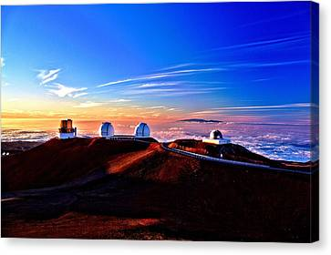 Keck At Sunset Canvas Print by Bob Kinnison