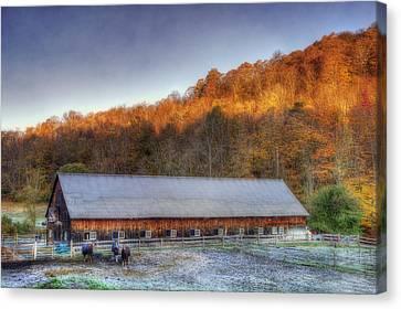 Kedron Valley Farm - Woodstock Vt Canvas Print by Joann Vitali