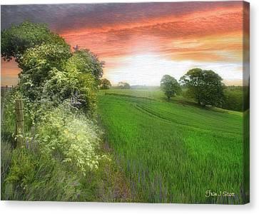 Kent Between Storms Canvas Print by Fran J Scott