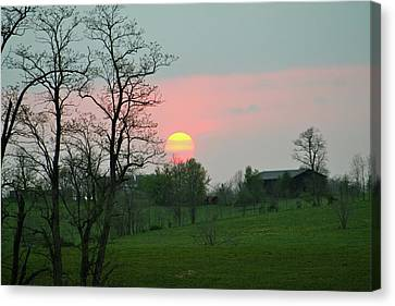 Kentucky Sunset Canvas Print by Donald Lively