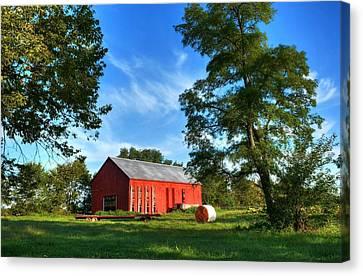 Kentucky Tobacco Barn Canvas Print by Tri State Art