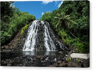 Kepirohi Waterfall, Pohnpei Canvas Print by Michael Runkel
