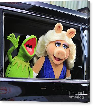 Kermit Takes Miss Piggy To The Movies Canvas Print by Nina Prommer