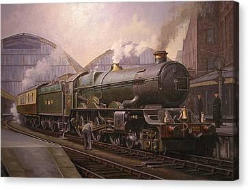 Kg5 At Paddington. Canvas Print by Mike  Jeffries