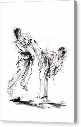 Kick. Canvas Print by Mariusz Szmerdt
