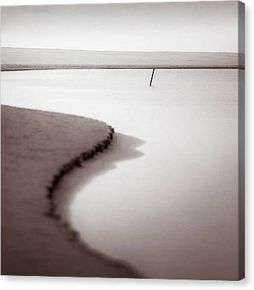Kijkduin Beach Canvas Print by Dave Bowman