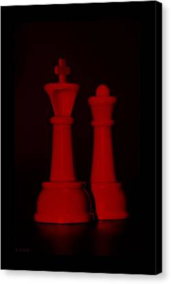 King And Queen In Red Canvas Print by Rob Hans