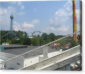 Kings Dominion - Shockwave - 01131 Canvas Print