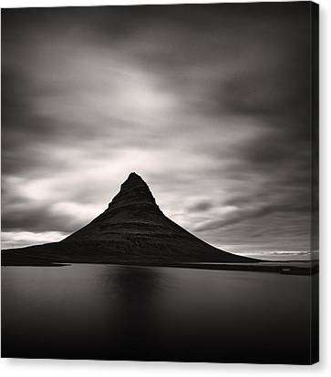 Canvas Print featuring the photograph Kirkjufell I by Frodi Brinks