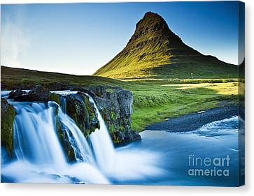 Kirkjufell Mountain Canvas Print
